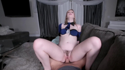 Leggy blonde Dolly Leigh shows her excellent cock-sucking skills