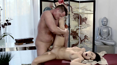 Gorgeous oriental masseuse Rina Ellis shows her secret relaxation techniques