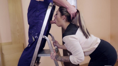 Tattooed secretary Mia Blow pays for handyman's work with her pussy