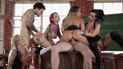 Alt ladies Anna Bell Peaks, Jessica Drake, Lily Lane and Sarah Jessie orgy after classes