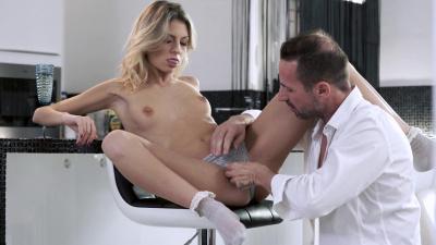 Sexy babe Rebecca Volpetti craves her bf's cock