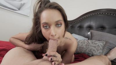 Beautiful Uma Jolie gives roadhead like a true pro