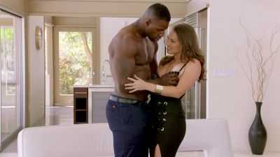 Size queen Lily Love craves big black member