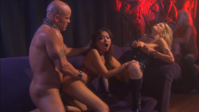 Strippers go wild in a swinger club