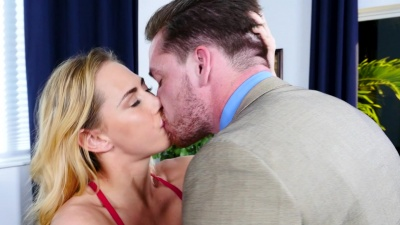 Carter Cruise fucking and getting jizzed on her boss' office desk
