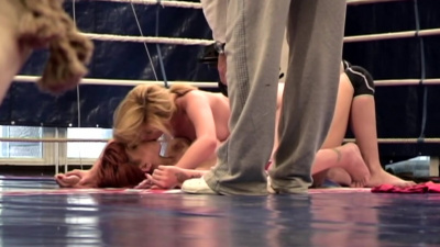 Fiery redhead Mai Bailey asserts her dominance over Safira White