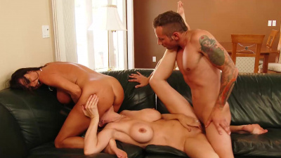 Ariella Ferrera & Julia Ann fuck by turns a random dude on vacation